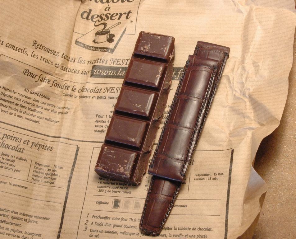 Quel cuir pour ma speed? - Page 2 Bracelet_croco_chocolat_03
