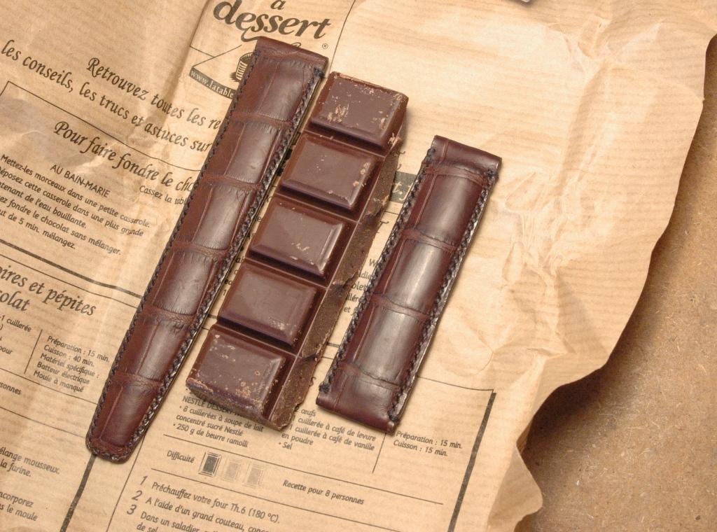 Quel cuir pour ma speed? - Page 2 Bracelet_croco_chocolat_04