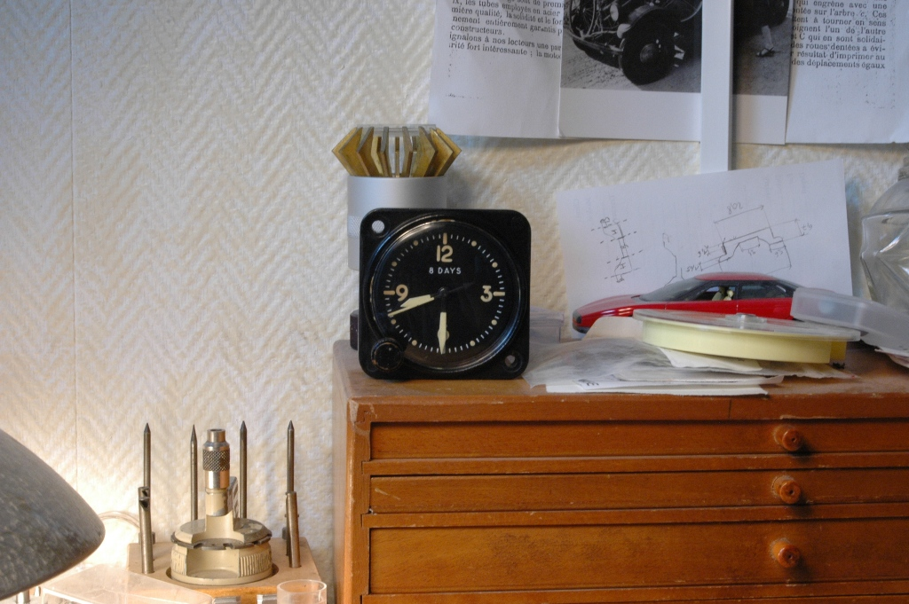 """Restauration montre de bord d'avion """"B&R style"""" Pendule_de_bord_waltham_47"""