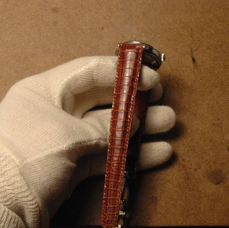 Confection de bracelet à la main Jaeger_lecoultre_powermatic_30
